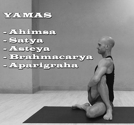 las ocho sendas del yoga yamas