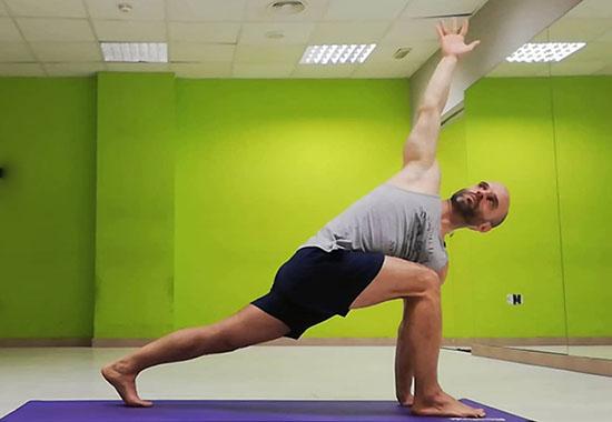 emociónate con el yoga